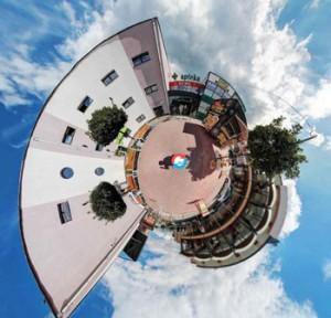 http://www.fotografia-360.cba.pl/pano/jagiellonczycy/jagiellonczycy.html